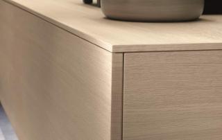 Cucina contemporanea_Free_Mix&Match_dettaglio del top spesso 1,5 cm per le basi sospese