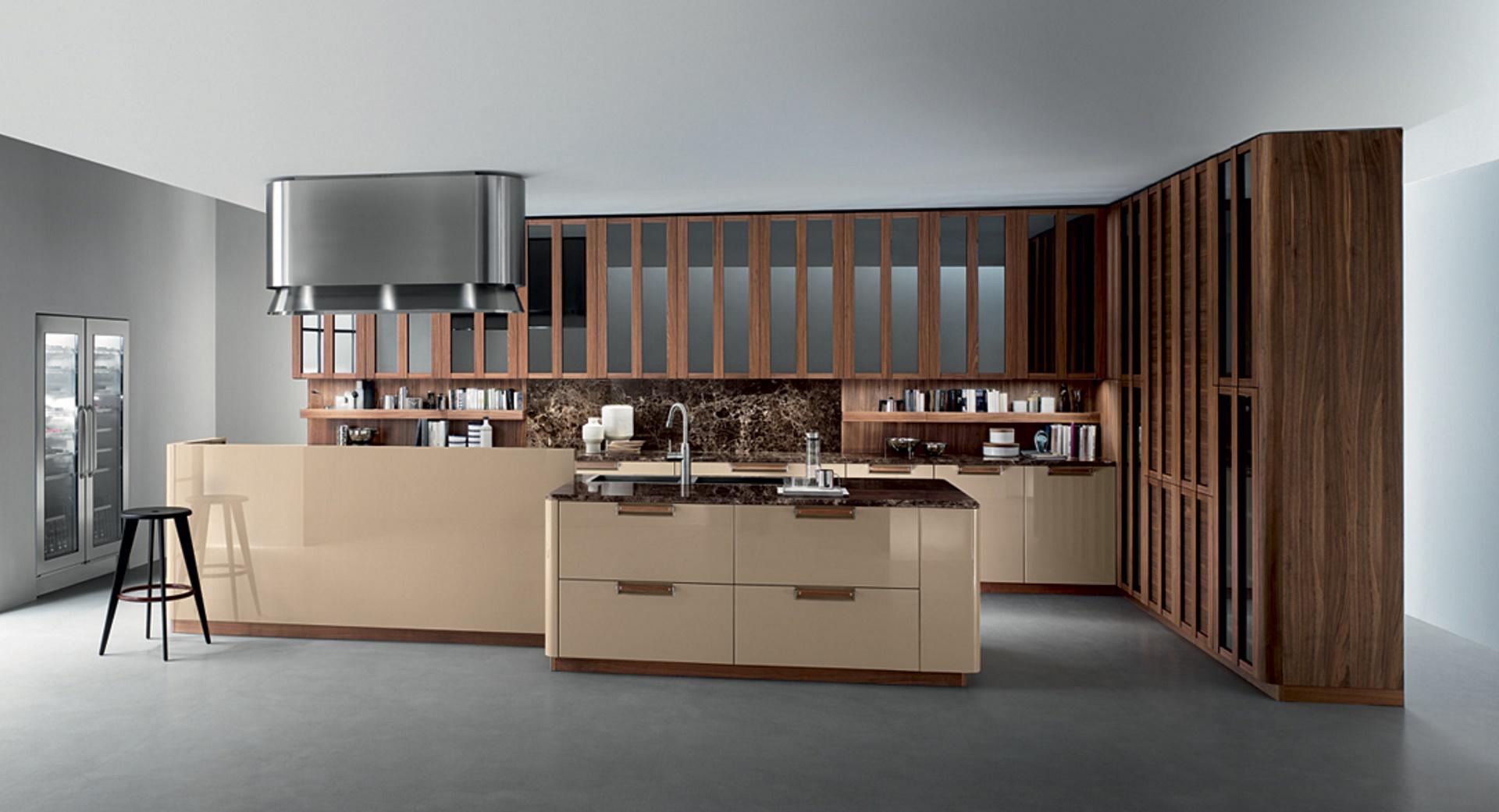 Cucina contemporanea_Noisette_Room One_cucina concepita con altezze variabili che permettono di avere composizioni orizzontali molto snelle in altezza 208, o composizioni che si sviluppano fino a 268, accentuando il motivo delle ante a telaio e conferendole imponenza