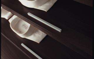 Sistema armadi_Extra Piana_dettaglio attrezzatura interna porta camicie