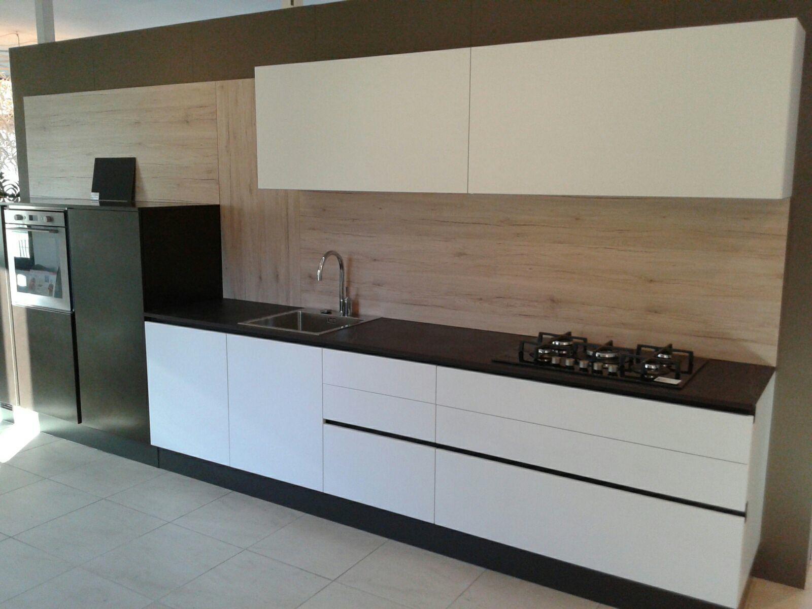 MOOD - Cucina bicolor bianca e nera - CUCINE COMPOSIT
