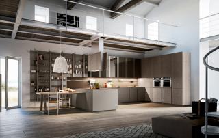 Cucina moderna_Lounge.01_composizione che associa la ricerca di soluzioni compositive suggestive alla massima funzionalità: accostamento tra rovere tinto grigio medio poro scuro (R06), laccato opaco platino (A08), maniglia alluminio finitura titanio e top in light quarts Amazon