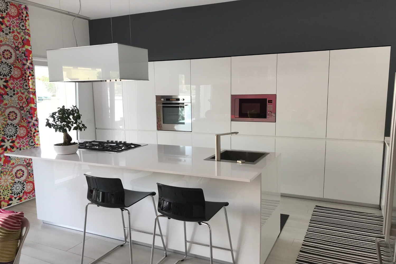 MOOD – Cucina in laccato lucido bianco - CUCINE COMPOSIT