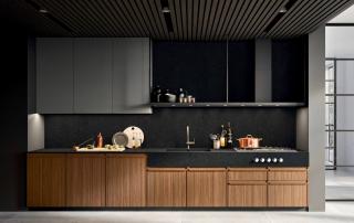 Cucina moderna_Pepper.03_dettaglio top in Laminam zona lavaggio/cottura con frontale alto 15 cm. Permette di posizionare i comandi frontali dei fuochi
