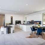 Cucina Moderna_Lounge_cucina laccata visionegenerale
