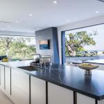 Cucina Moderna_Lounge_dettaglio top e isola